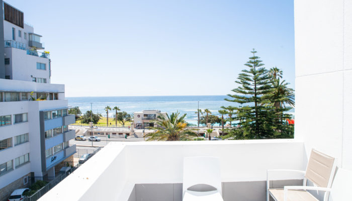 4-Bed Family Room - Sea View (5)