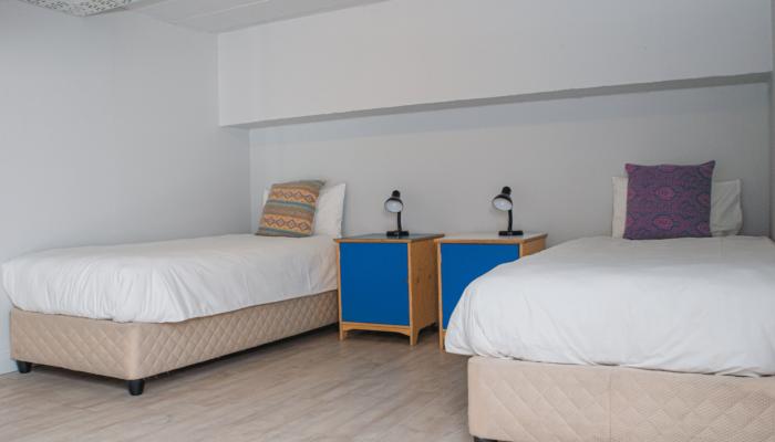 10-Bed Deluxe Mixed Dorm Room - Sea View (2)