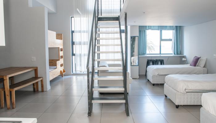 8-Bed Deluxe Female Dorm (6)